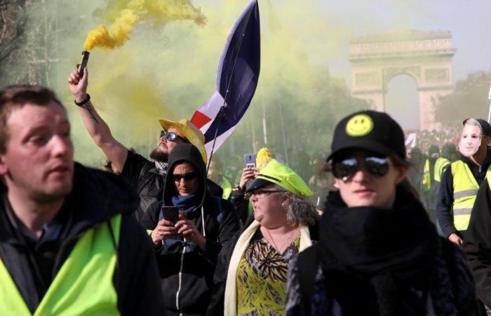 Около 47 тысяч «желтых жилетов» протестовали сегодня во Франции