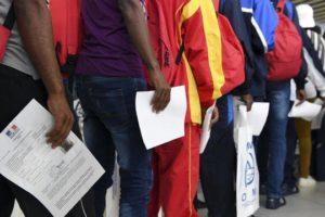 Как работает миграционная политика Франции
