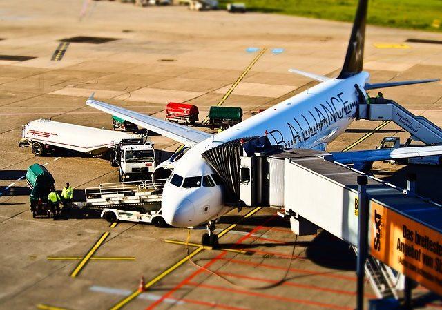 Фото: Франция вводит экологический сбор на авиабилеты с 2020 года