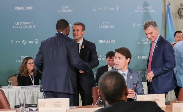 Фото: Итоги саммита G7 и подарки из мусора