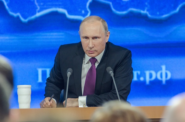 Фото: Путин приедет в Париж на нормандский саммит