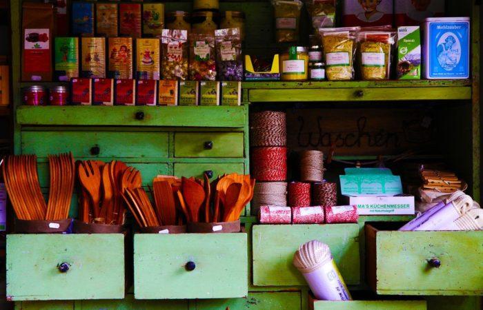Продукты и ингредиенты, которые должен иметь на кухне каждый