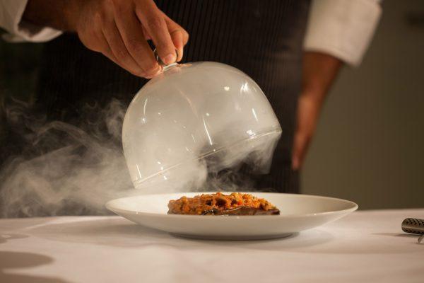 Фото: Мишлен 2020: японский повар во Франции впервые в истории получил три звезды