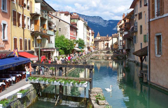 Рейтинг лучших городов и деревень во Франции