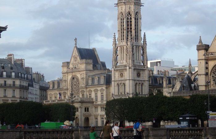 Живописный квартал Сен Жермен