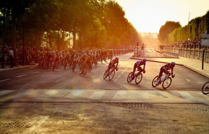 Фото: Министр спорта предложила провести Тур де Франс 2020 без зрителей в этом году