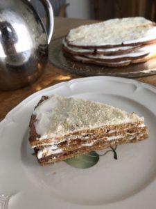 Торт Медовик – простой рецепт