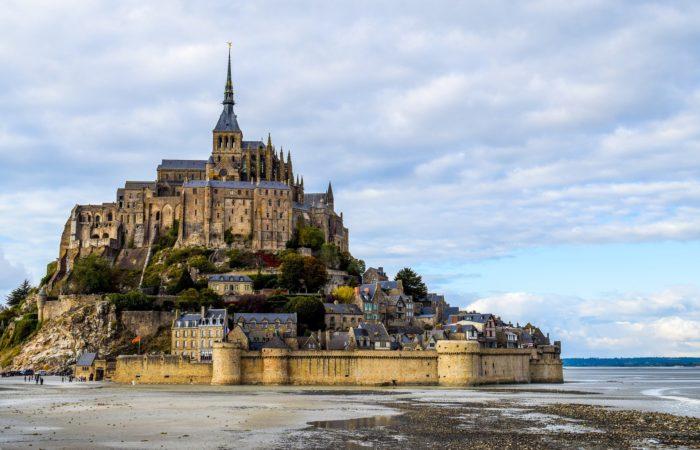 Фото: Почему стоит посетить остров Мон-Сен-Мишель во Франции?