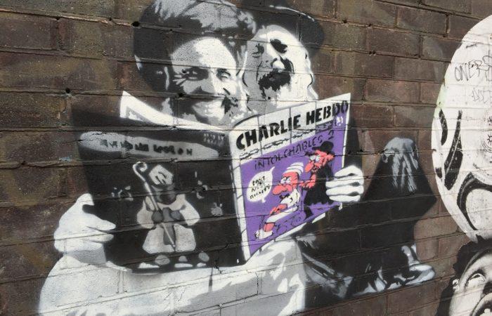 Фото: Журнал Charlie Hebdo переиздает провокационные карикатуры