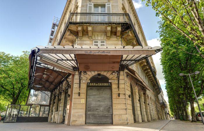 Фото: Коронавирус во Франции: Париж в зоне максимальной опасности