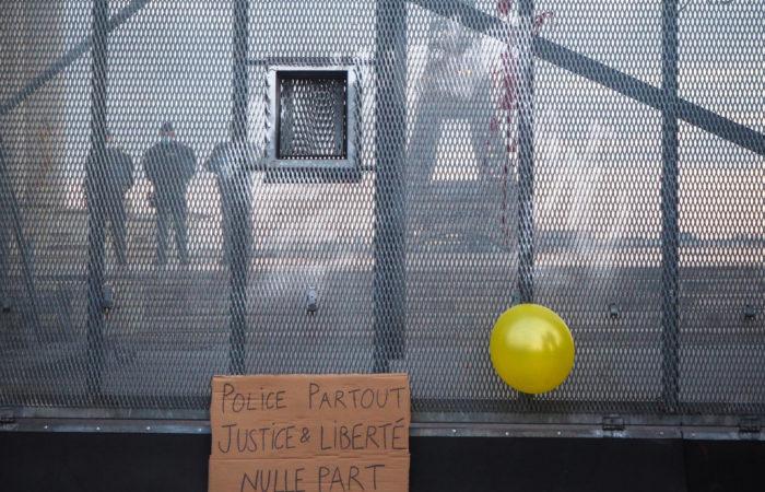 Фото: Протесты против закона о глобальной безопасности во Франции