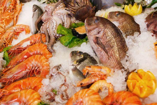 Фото: Выбираем рыбу и морепродукты во Франции: французские и русские названия