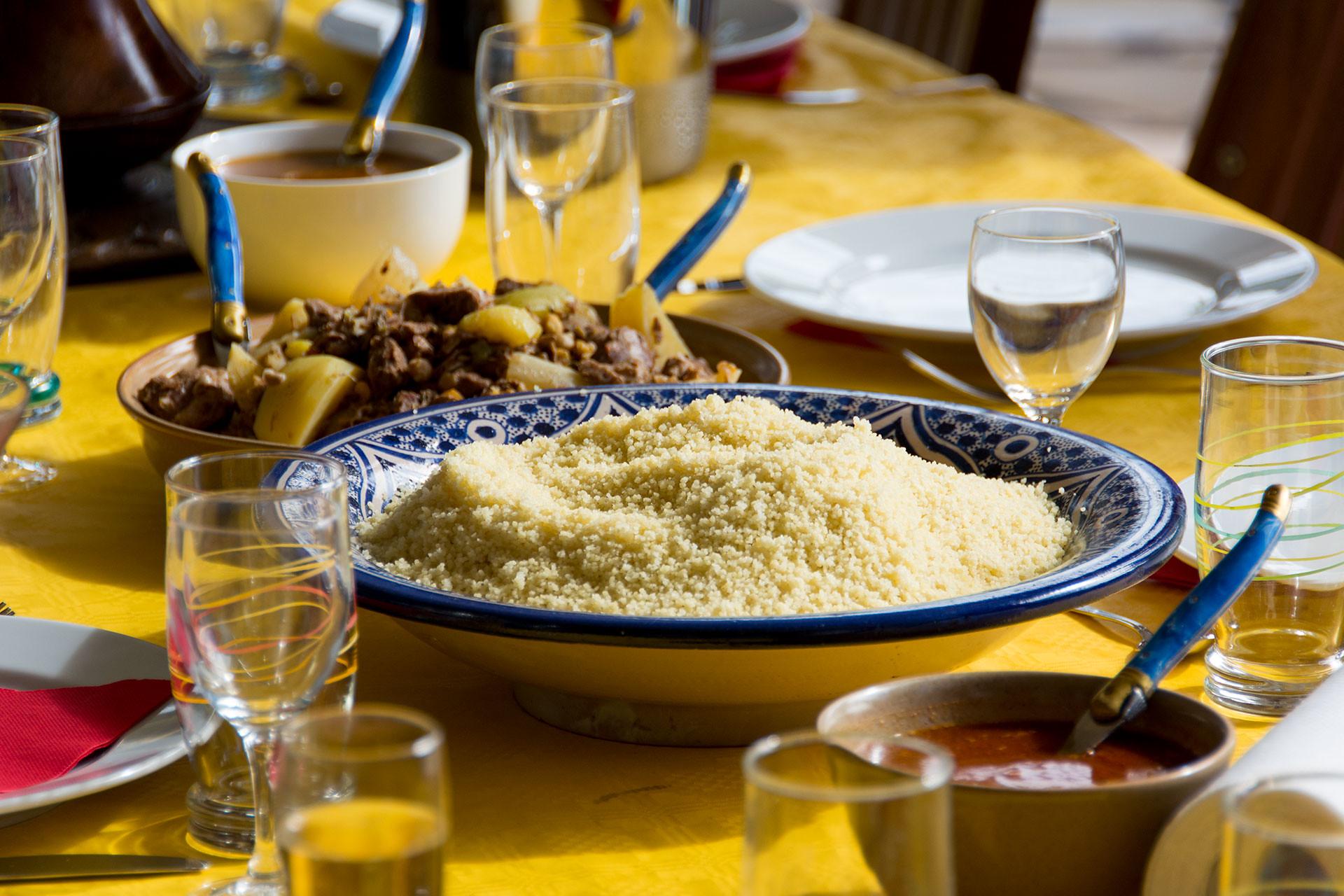 Филе-миньон со сливами Мирабель и кускусом