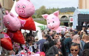 Праздник свиньи во Франции