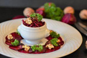 Ресторан веганской кухни во Франции впервые отметил гастрономический гид Мишлен